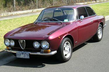 Alfa Romeo 1750 GTV 105 Coupe