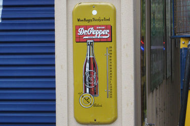 Thermometer - Dr Pepper (650 x 240mm)