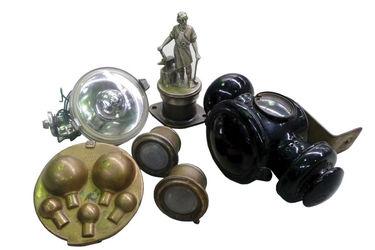 Vulcan Mascot & Carriage light and Brass Atlantic Bulb Box