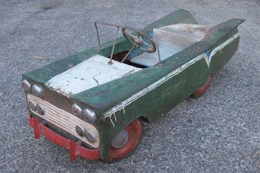 Pedal Car - Classic American Yank Tank (Themed from 1959 Chevy Impala)