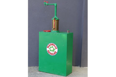 Tall Boy - Magnolene Oil Pump and Tank in Magnolia Gasoline Livery