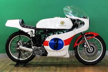 Yamaha TZ350E Production Racer