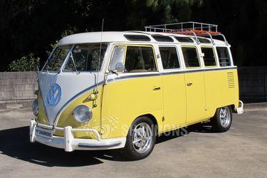Volkswagen Kombi 'Split Window' Microbus