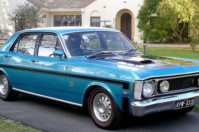 Ford xw falcon gt ho sedan car interior design