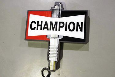 Light Box - Champion (76 x 85cm)