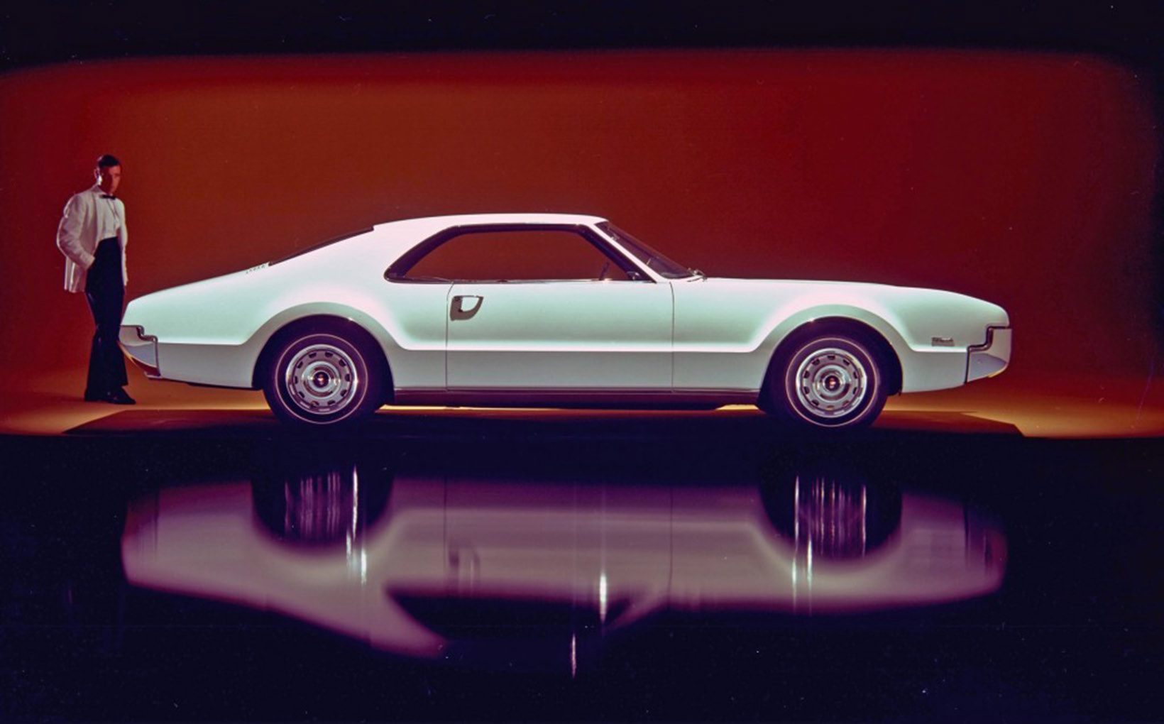 Oldsmobile Toronado: The grandest front-wheel-drive car of the 20th Century