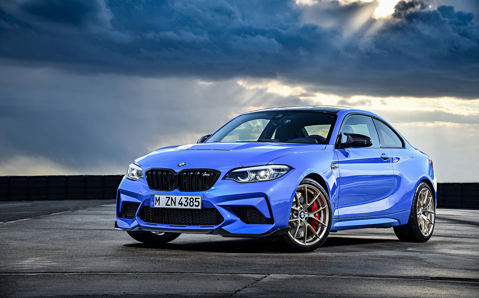 BMW takes M2 pocket rocket coupe to new heights with track-honed M2 CS