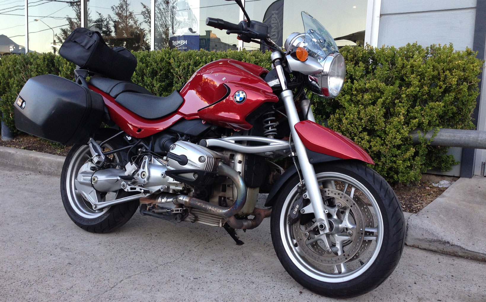Superb Quick Fang 2004 Bmw R 1150 R Punching On Shannons Club Theyellowbook Wood Chair Design Ideas Theyellowbookinfo