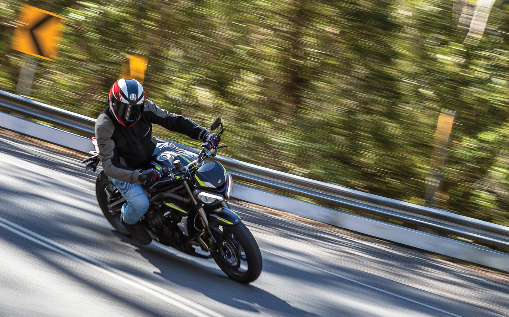 2020 Triumph Street Triple RS: Easy Street