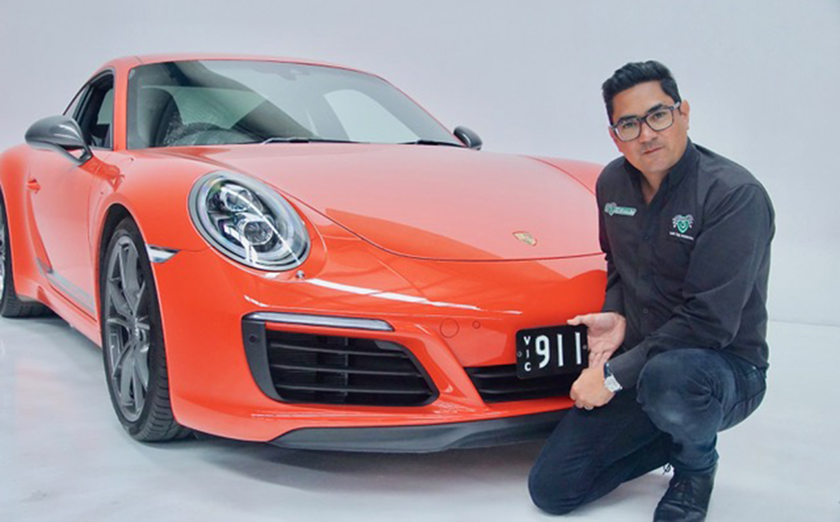 'Porsche' 911 number plate sells for auction record $525,000