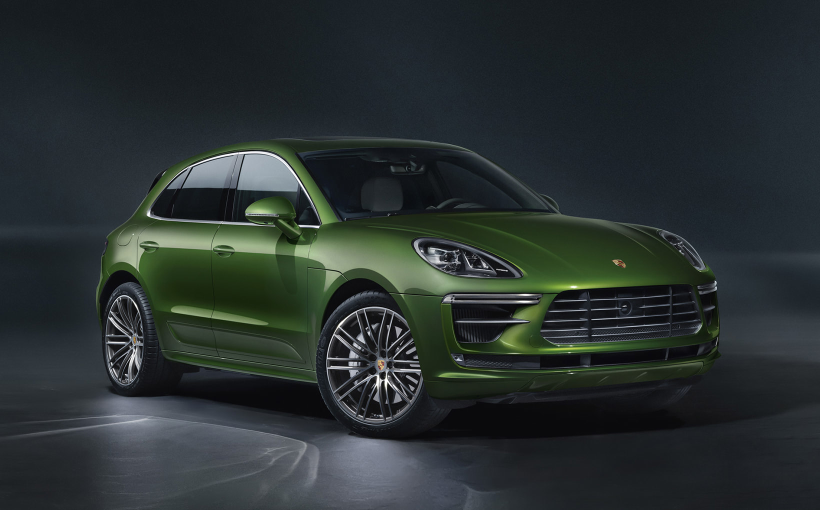 Porsche's facelifted Macan Turbo proves there is a replacement for displacement