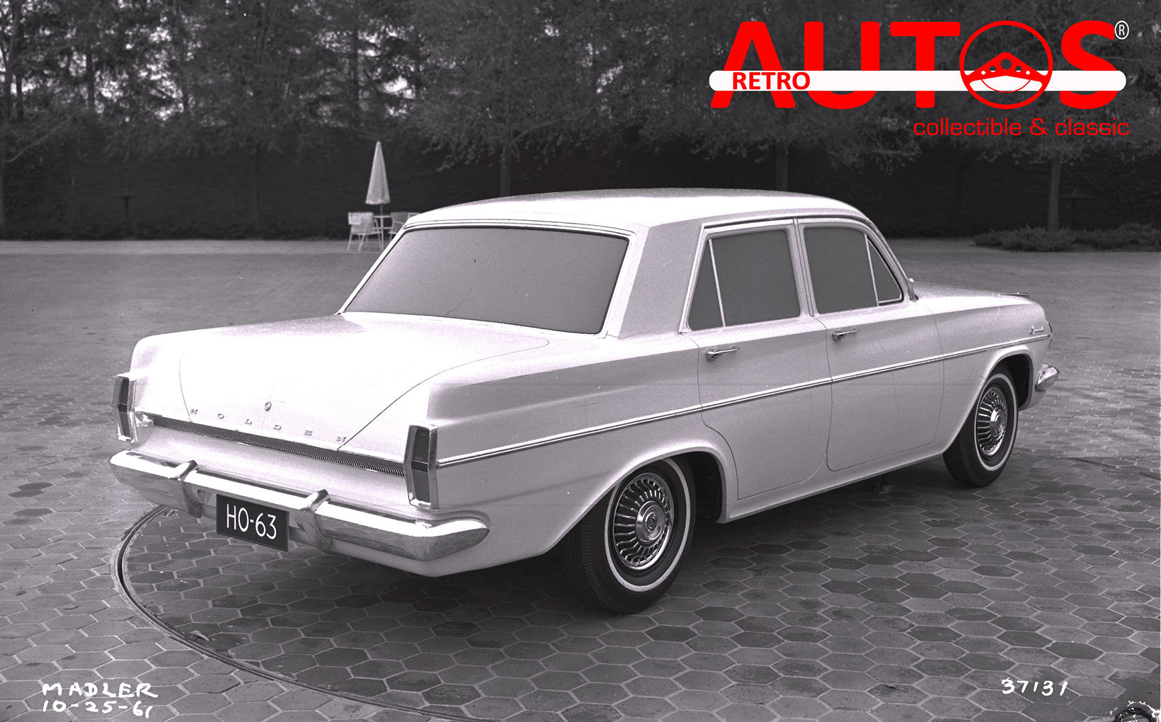Retroautos May - The development of the EH Holden, the Lightburn Zeta & Ford'sX-100