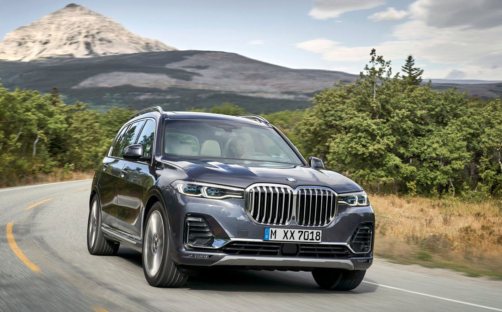 BMW proves that sometimes bigger is better with new X7