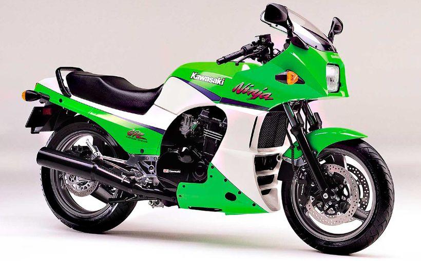Kawasaki GPz900R: Top Gun