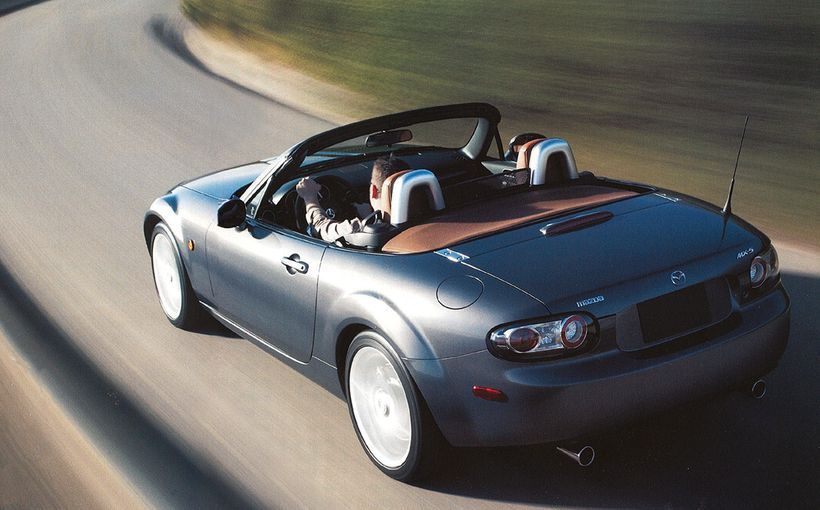 Mazda MX-5: Simple, lightweight, affordable... and dynamic