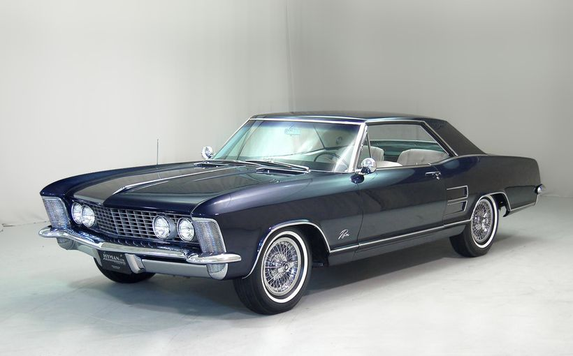 Buick Riviera: The grand American coupe with European grace