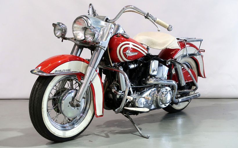 Collectible Classic motorcycles in Shannons Online Auction