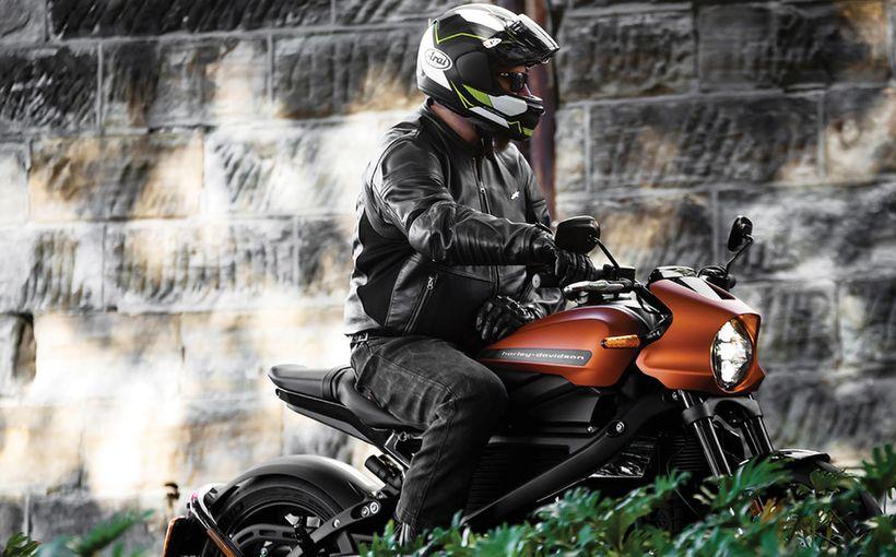 2020 Harley-Davidson LiveWire: Plug & Play
