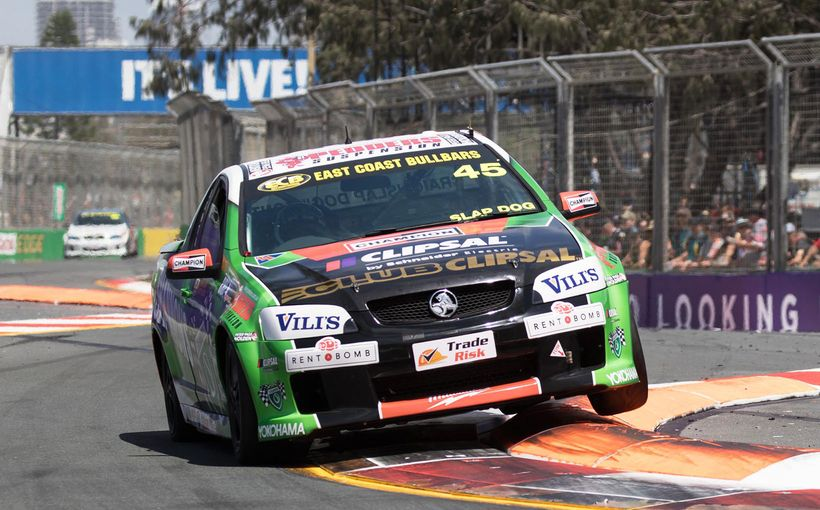 Dontas to Farewell V8 Utes at Newcastle 500