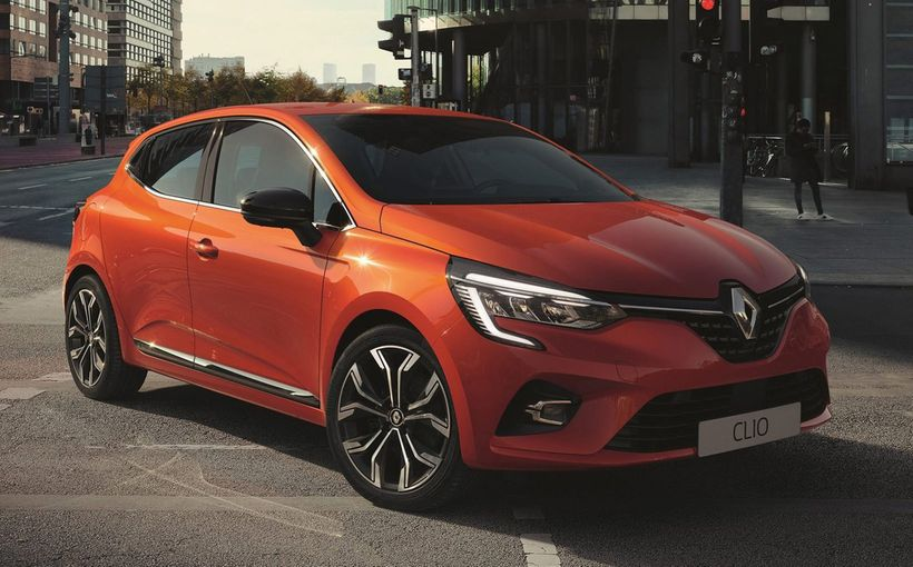 New Renault Clio breaks cover