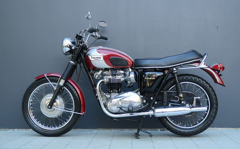 Ride-away classic motorcycles at Shannons August Sydney Winter Auction