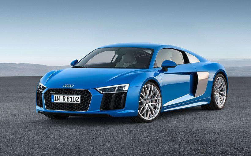 Reborn Audi R8 races in