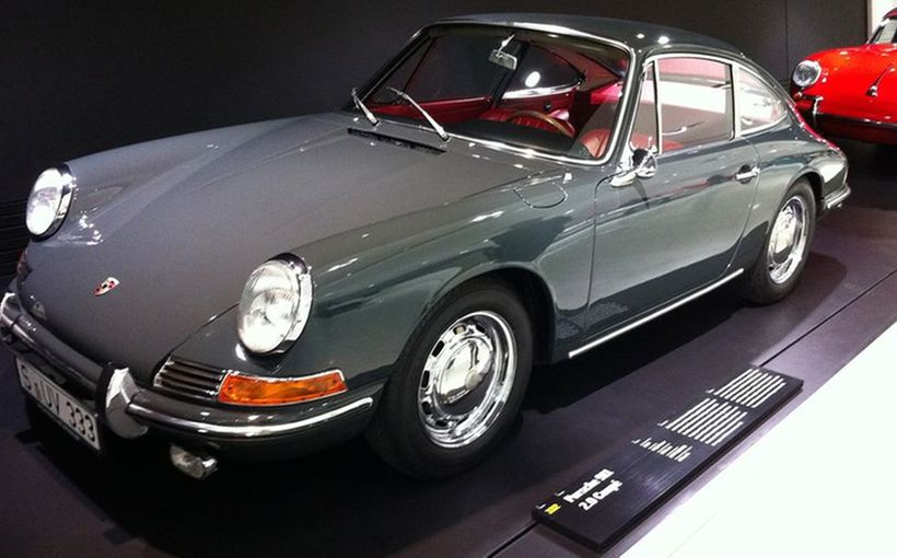 Porsche 911 - Sports Car of the Twentieth Century
