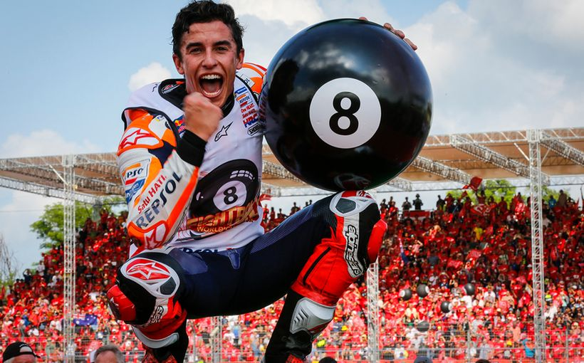 Marc Marquez Battles with Fabio Quartararo to Win in Thailand. Becoming the 2019 MotoGP World Champion!