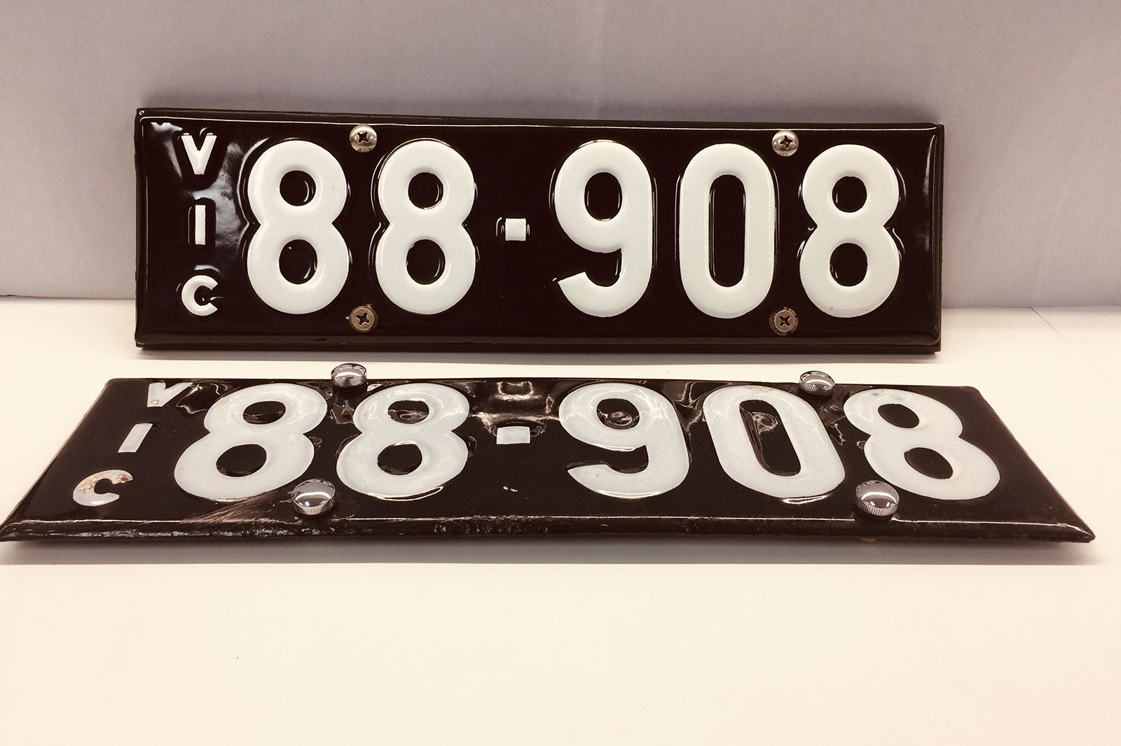Victorian Heritage Number Plate '88.908'