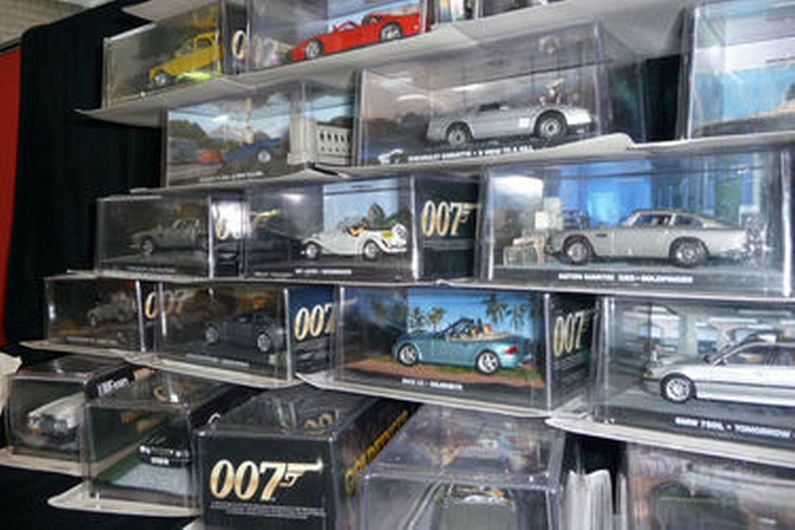 Sell Car Online >> Sold: Model Cars & Magazines - Set of 53 James Bond Movie ...