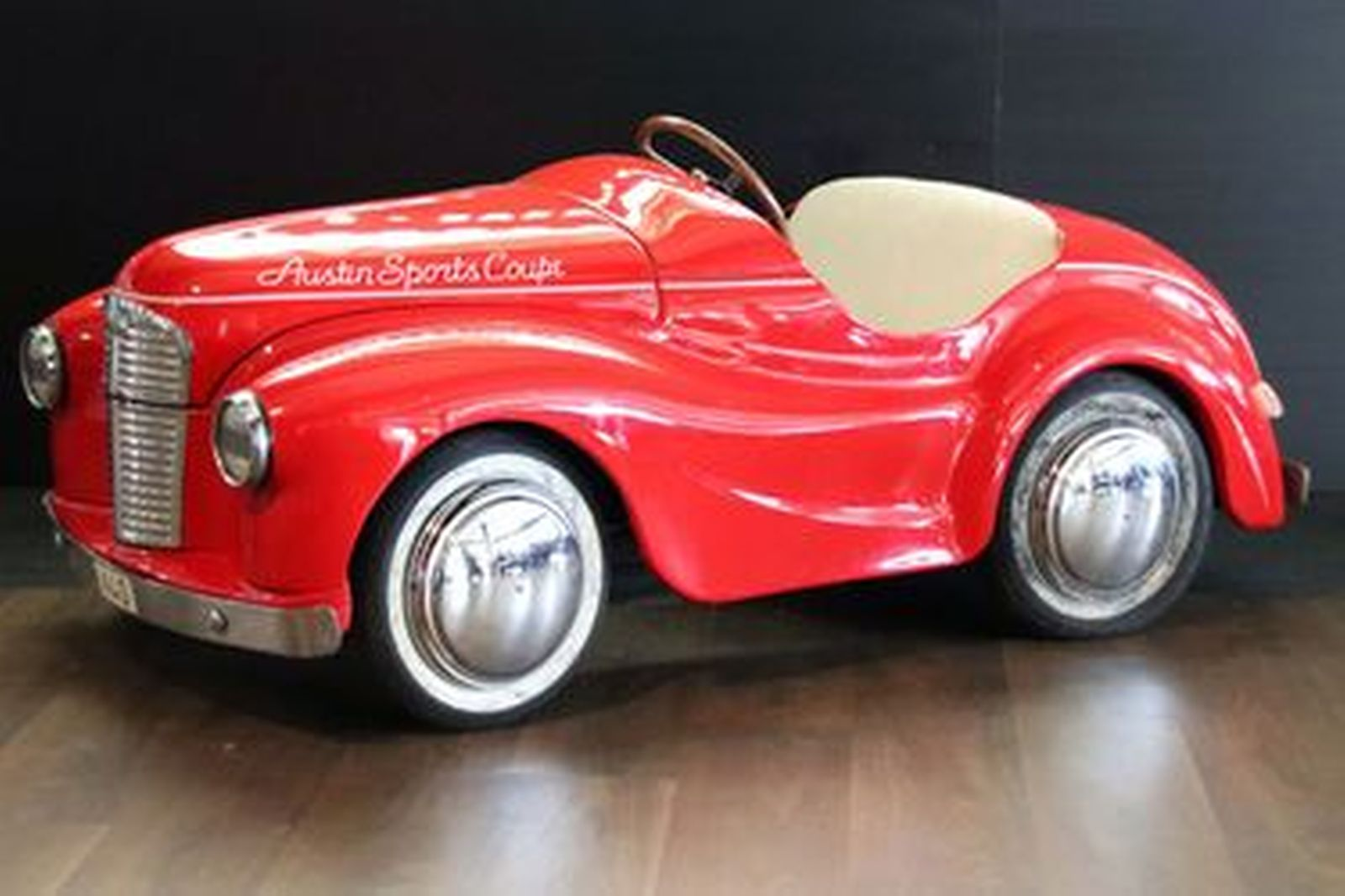 Pedal Car - c1950?s Austin J40 Pedal Car (1.4m Long)