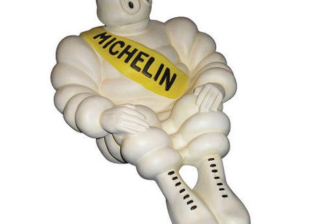 Figurine - Ceramic Michelin Figure Sitting