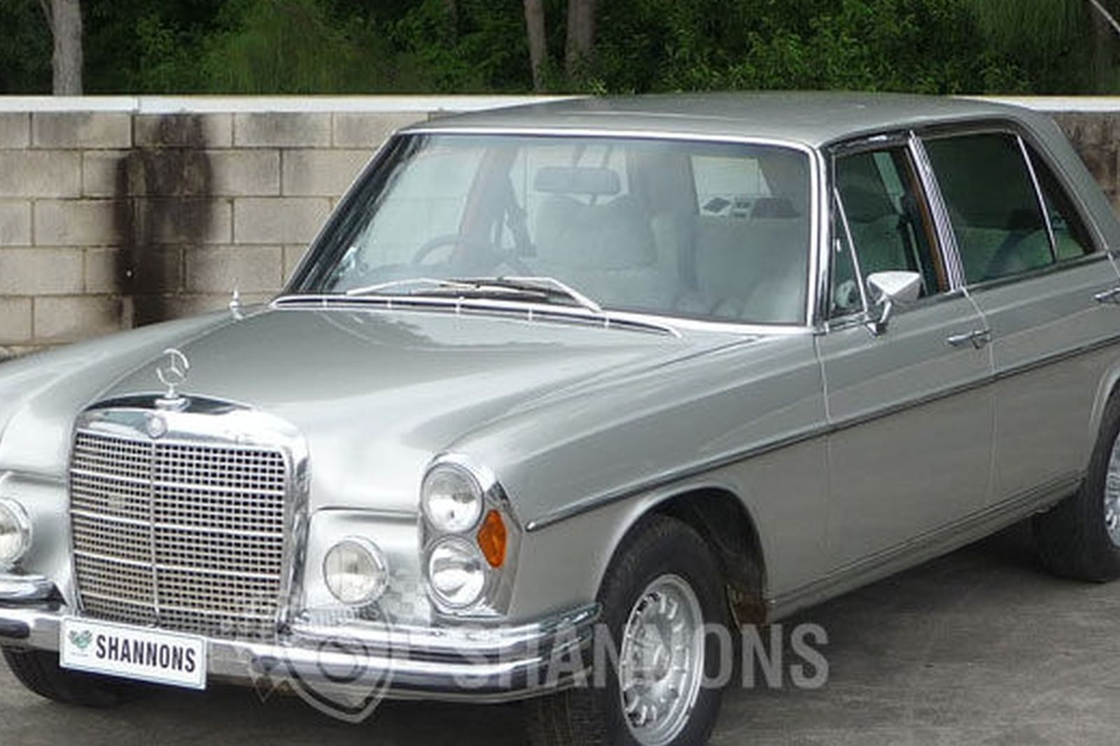 sold mercedes benz 300sel 6 3 sedan auctions lot 30 shannons. Black Bedroom Furniture Sets. Home Design Ideas