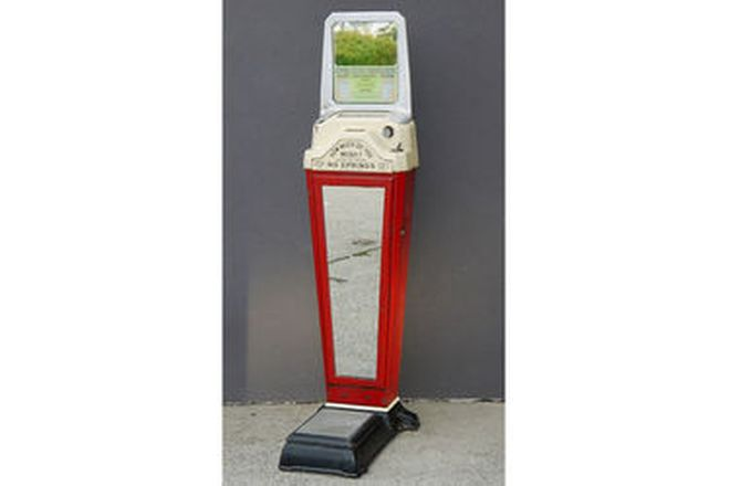 Amusement Scales - Watling Scale Co. Chicago (Unrestored)