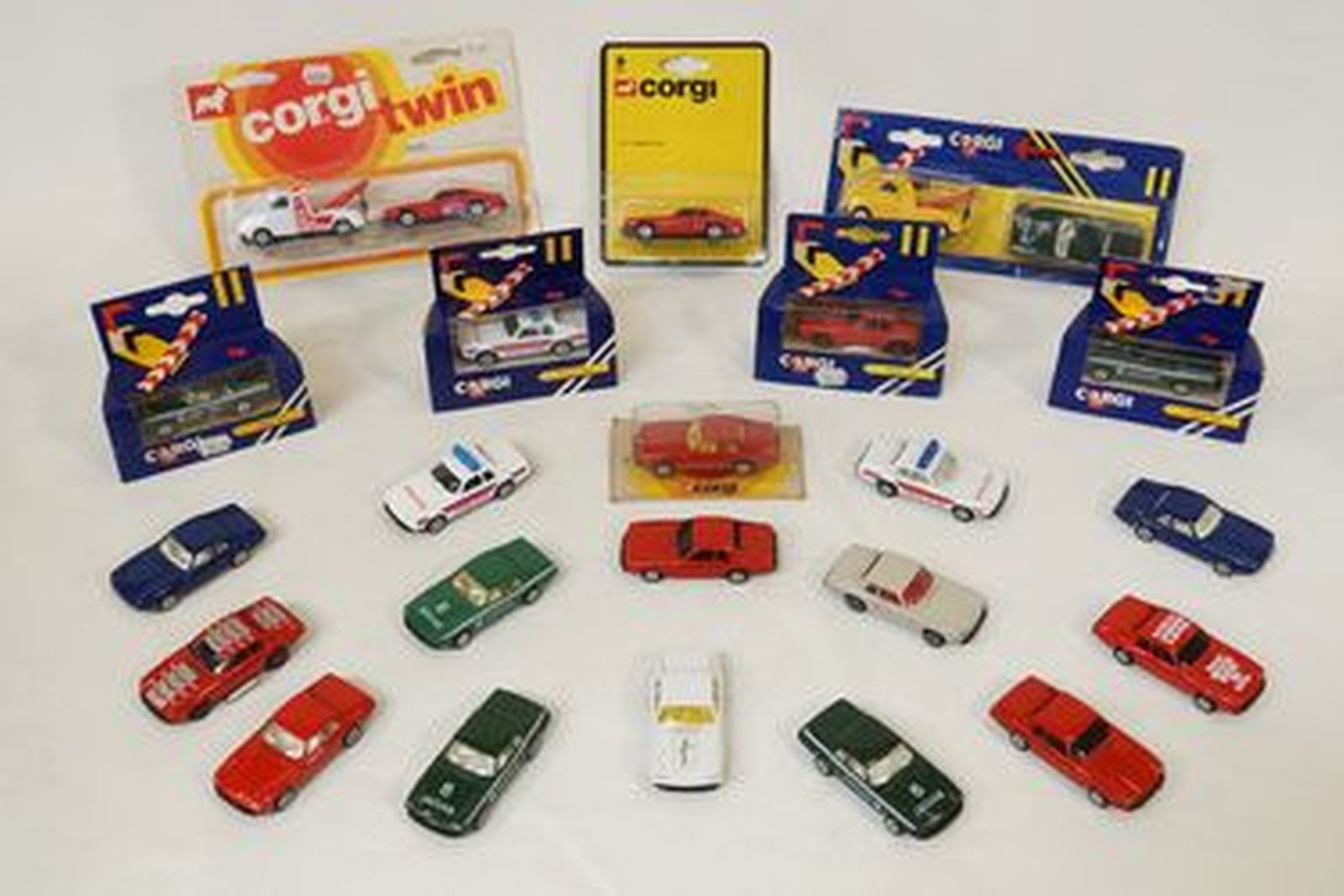 what scale are corgi cars