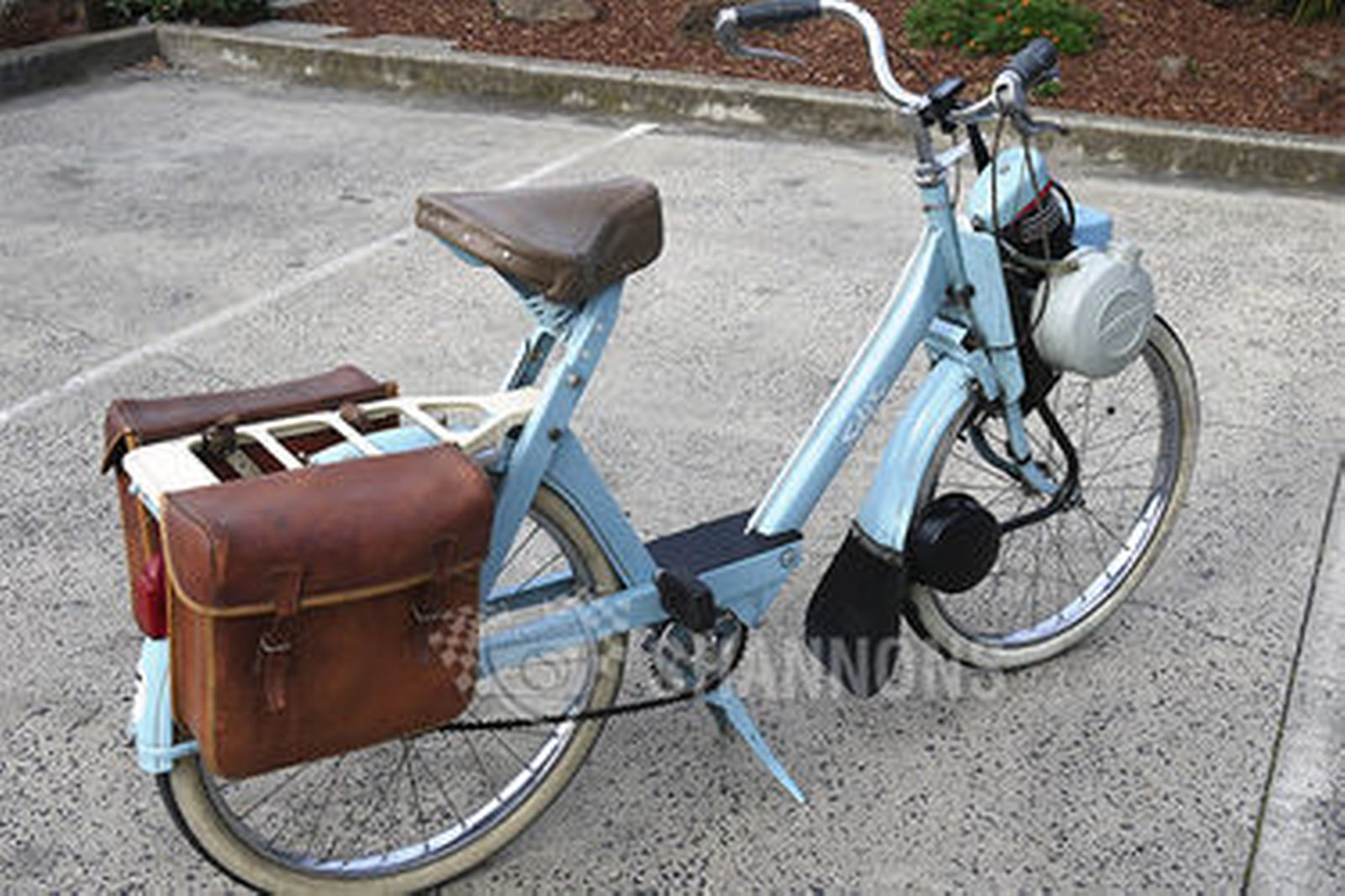 sold velo solex 3800 auto cycle auctions lot 13 shannons. Black Bedroom Furniture Sets. Home Design Ideas