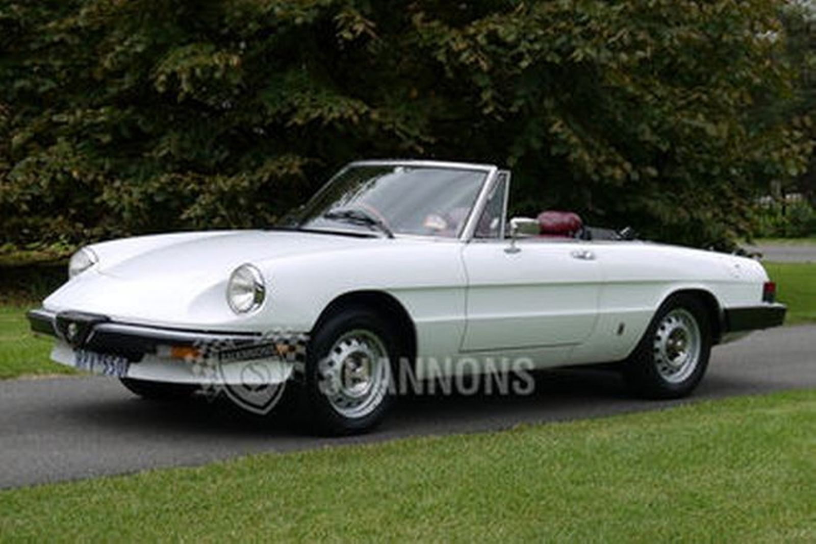 alfa romeo 2000 spider auctions lot 39 shannons. Black Bedroom Furniture Sets. Home Design Ideas