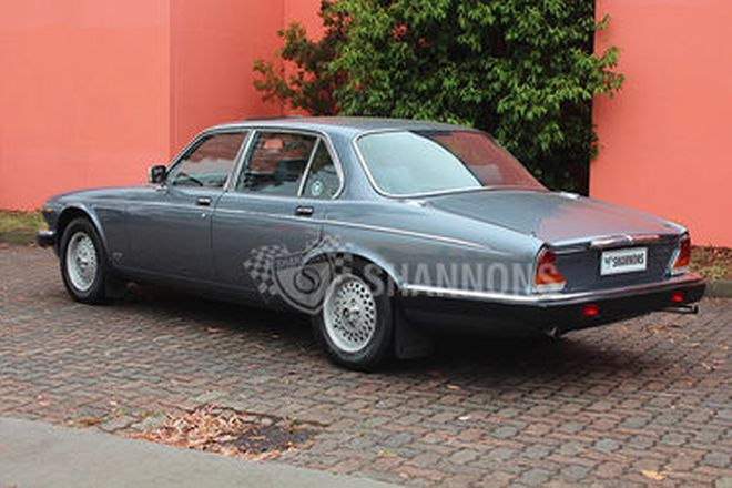 Jaguar XJ6 Series 3 Saloon