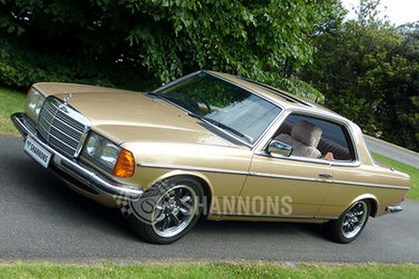Sold mercedes benz 280ce coupe auctions lot 7 shannons for Mercedes benz auction