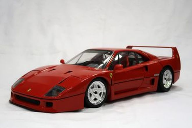 Model Car - Ferrari F40 by Pocher (1:8 scale)