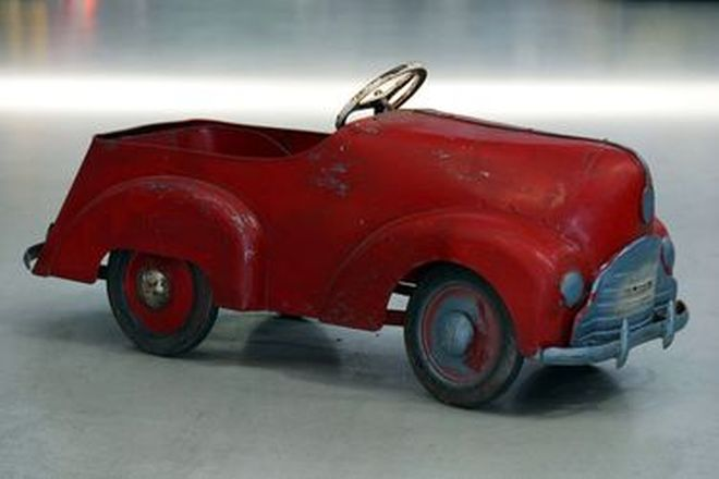 c1950's Cyclops Clipper Red Pedal Car (Unrestored)