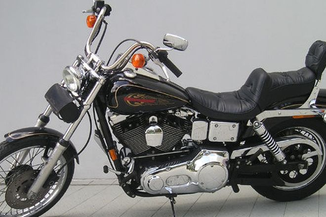 Harley-Davidson Dyna Wideglide Solo Motorcycle