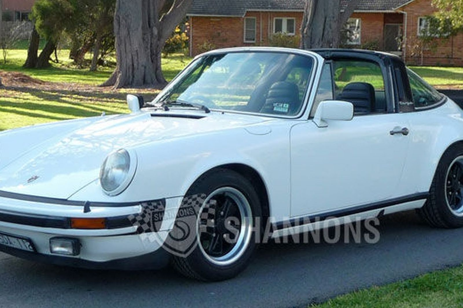 Porsche 911 Carrera 3 0 Targa Coupe Auctions Lot 16