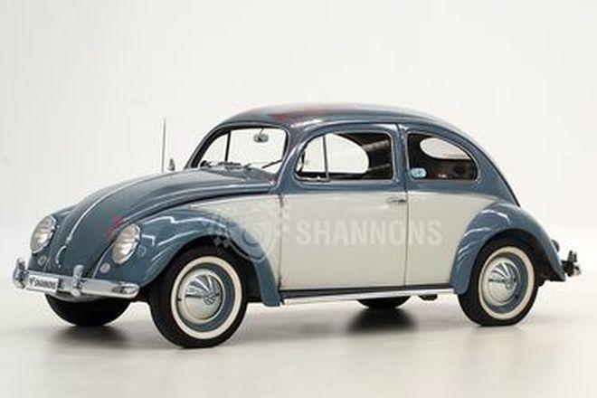 Volkswagen Beetle 'Oval' Sedan