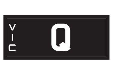 Victorian Signature Series Plate 'Q'