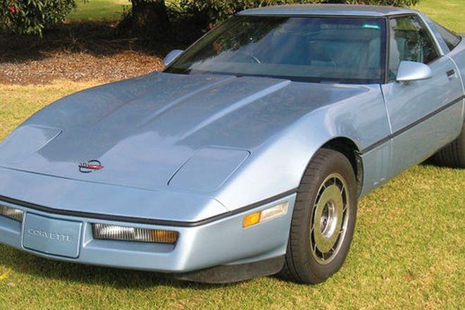 Chevrolet Corvette Coupe (RHD)