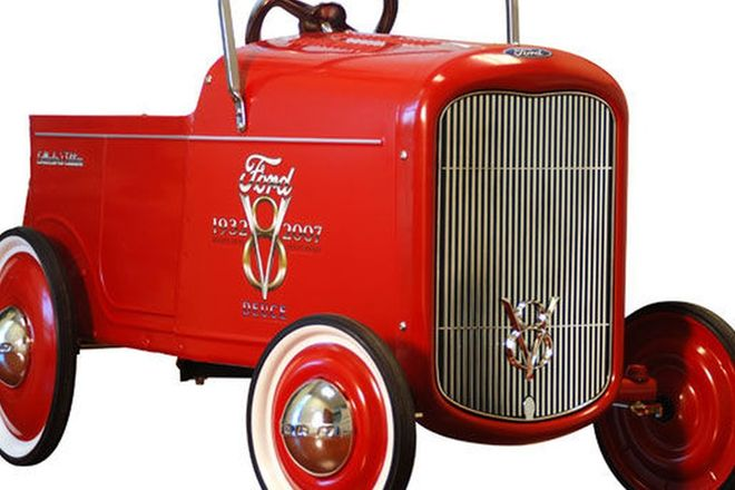 Child's Pedal Car- 1932 Ford 'Hot Rod' (Reproduction)