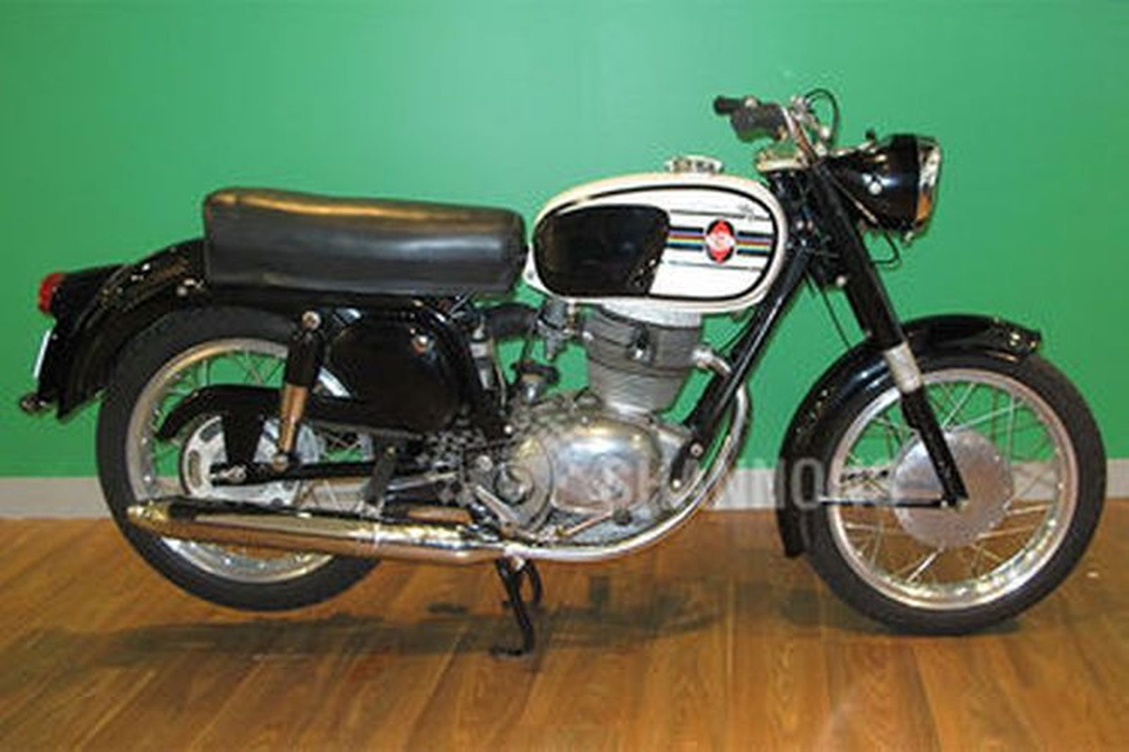 Gilera 202 Super Motorcycle Auctions Lot L Shannons