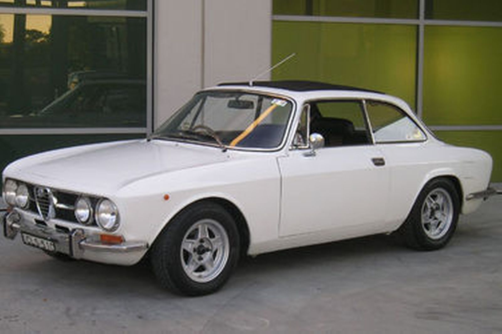 sold alfa romeo gtv 1750 coupe auctions lot 2 shannons. Black Bedroom Furniture Sets. Home Design Ideas