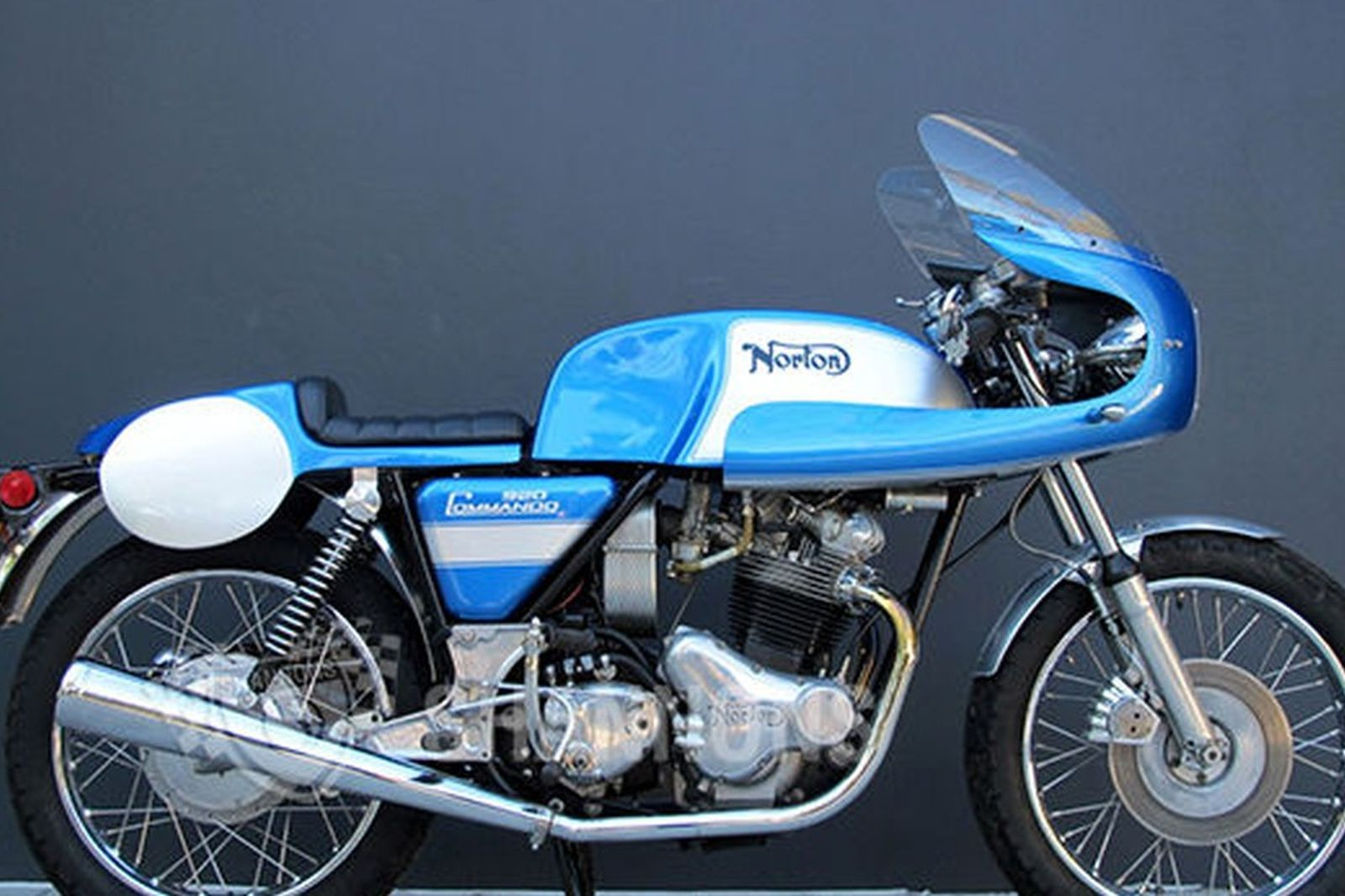Sold Norton Commando 920cc Cafe Racer Motorcycle Gus Kuhn Replica Auctions Lot S Shannons